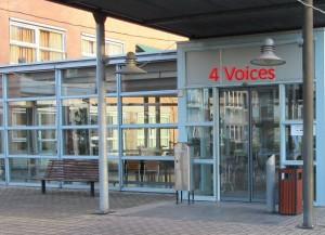4 voices locatie 001